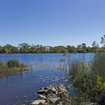 Sandstone Lakes lakeside living