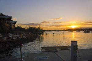 tin can bay villas star marinas qm properties sunset waterfront