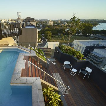 corde residence east brisbane rooftop pool